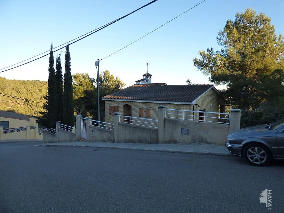 Casa en venta en La Bisbal del Penedès, Tarragona, Calle Pamplona, 114.825 €, 3 habitaciones, 1 baño, 525 m2
