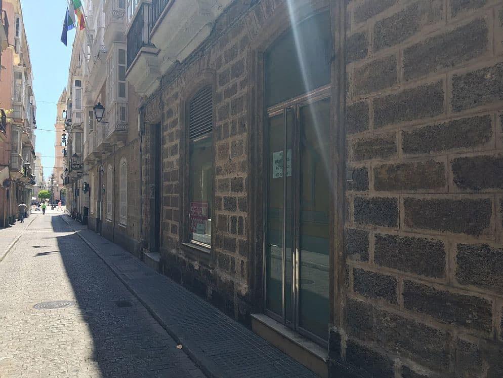 Local en venta en Cádiz, Cádiz, Cádiz, Calle Buenos Aires, 152.090 €, 131 m2