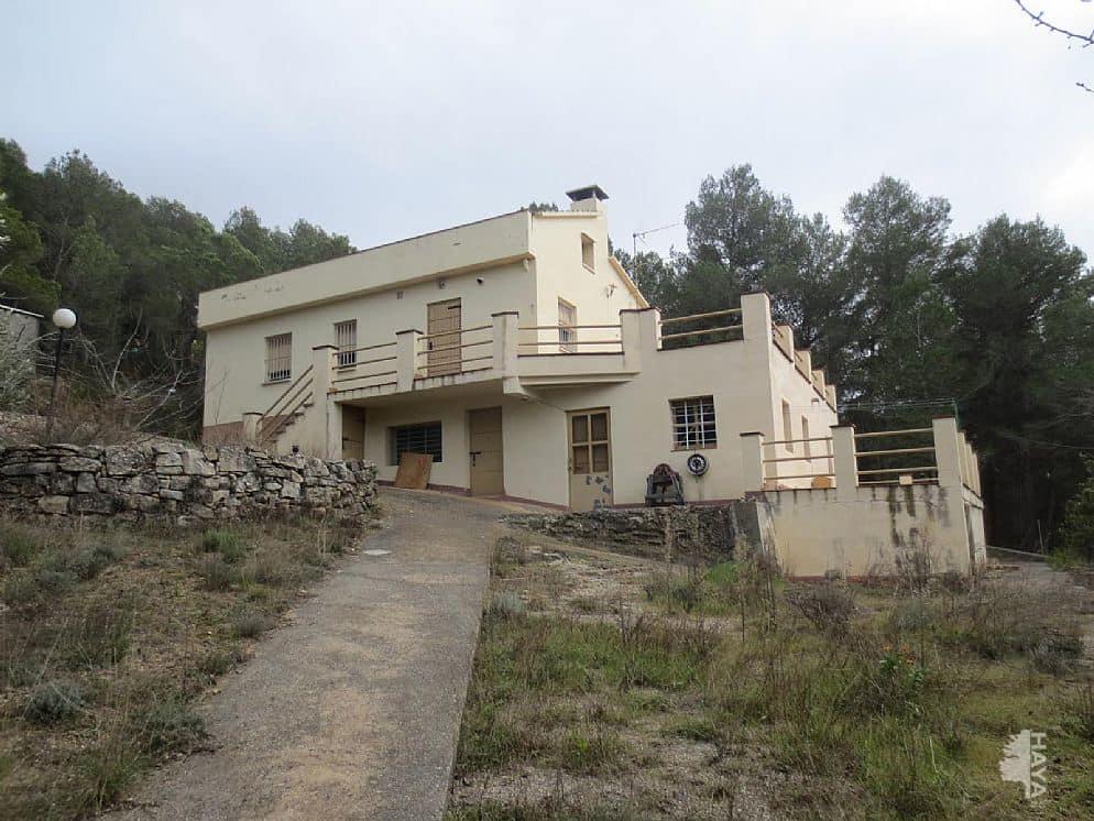 Casa en venta en La Llacuna, Torrelles de Foix, Barcelona, Calle Barri Les Llambardes, 77.980 €, 3 habitaciones, 1 baño, 213 m2