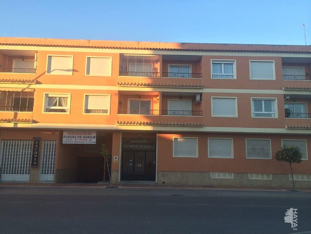 Piso en venta en Formentera del Segura, Alicante, Avenida de la Constitucion, 42.108 €, 2 habitaciones, 2 baños, 57 m2