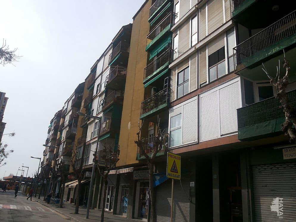 Piso en venta en Salt, Girona, Plaza Catalunya, 97.276 €, 3 habitaciones, 1 baño, 90 m2