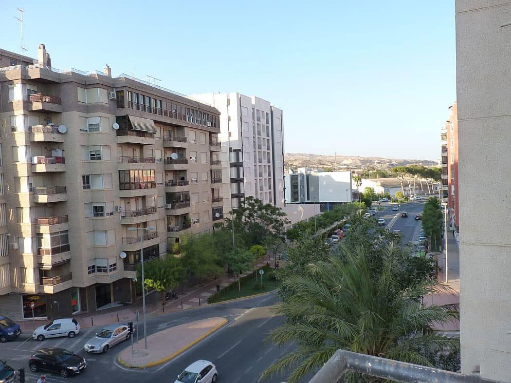 Piso en venta en Crevillent, Alicante, Calle San Vicente Ferrer, 60.590 €, 4 habitaciones, 2 baños, 118 m2