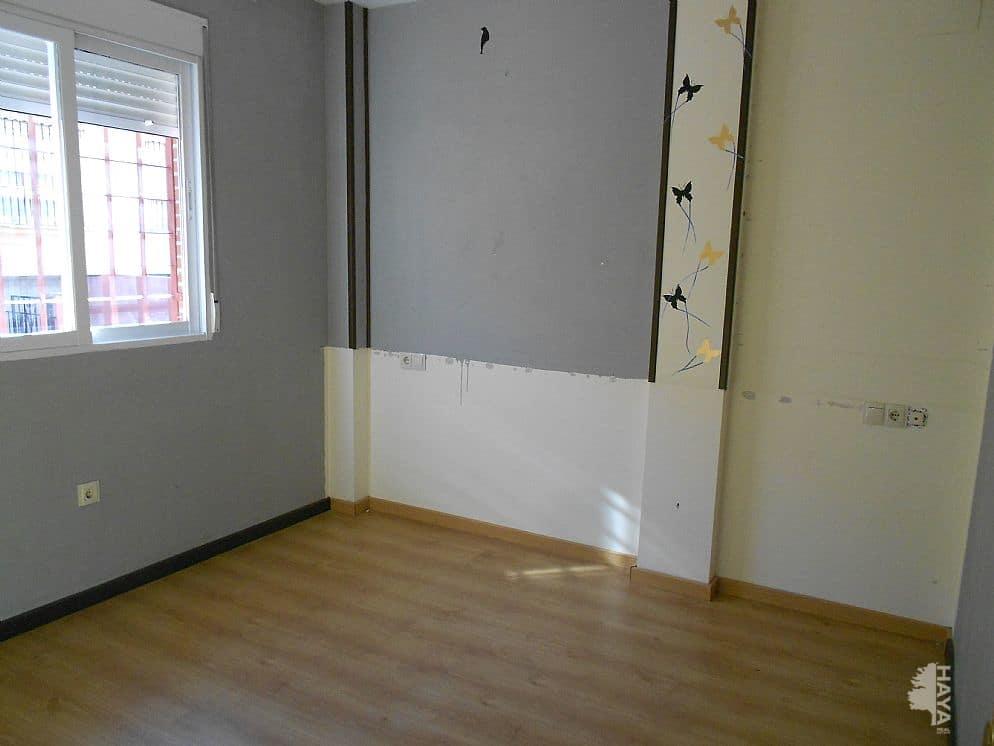 Piso en venta en Urbanización  Cuesta de los Chinos, la Gabias, Granada, Calle Abencerrajes, S/n, 78.660 €, 3 habitaciones, 1 baño, 95 m2