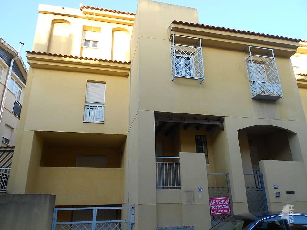 Casa en venta en Armilla, Granada, Calle Paris, 213.178 €, 4 habitaciones, 2 baños, 201 m2