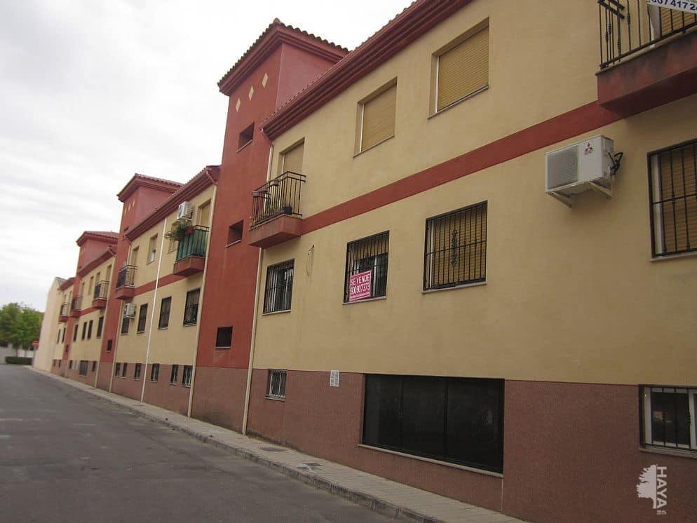 Piso en venta en Cijuela, Granada, Avenida Andalucia, 67.697 €, 2 habitaciones, 4 baños, 72 m2