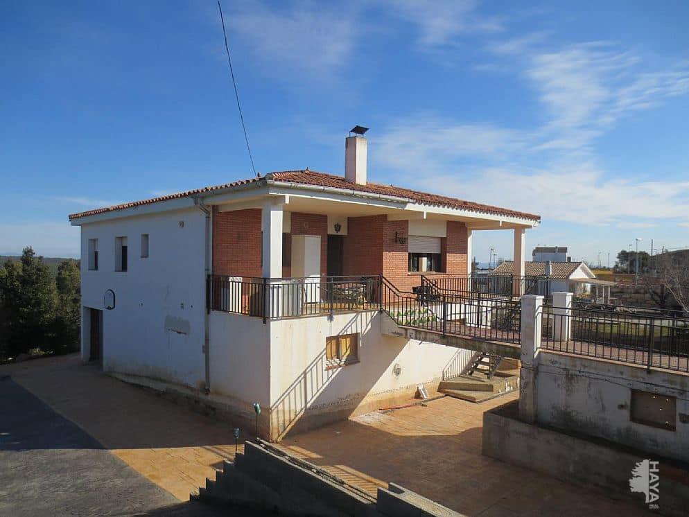 Casa en venta en Casa en Torrelles de Foix, Barcelona, 198.198 €, 4 habitaciones, 1 baño, 305 m2, Garaje