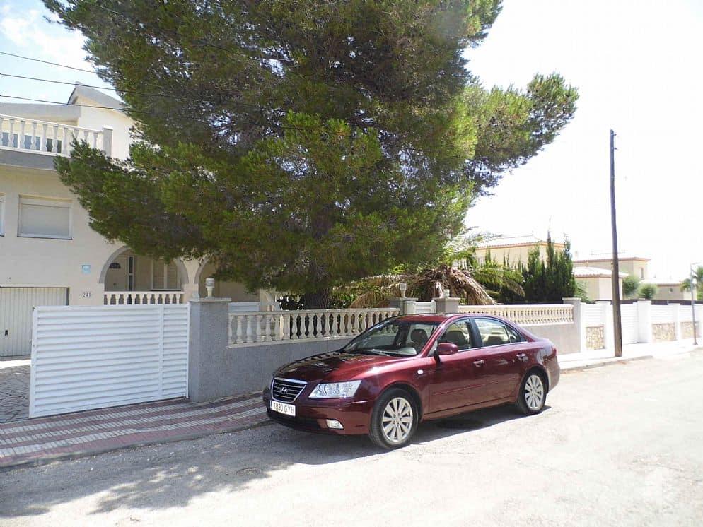 Casa en venta en L` Ametlla de Mar, Tarragona, Calle Brollador, 310.447 €, 4 habitaciones, 1 baño, 276 m2