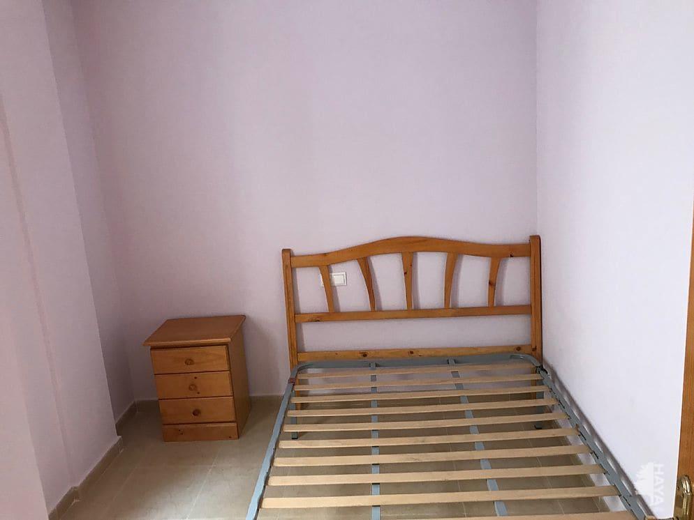 Piso en venta en Urbanización Calas Blancas, Torrevieja, Alicante, Calle Travesia Santa Trinidad, 94.274 €, 2 habitaciones, 2 baños, 70 m2