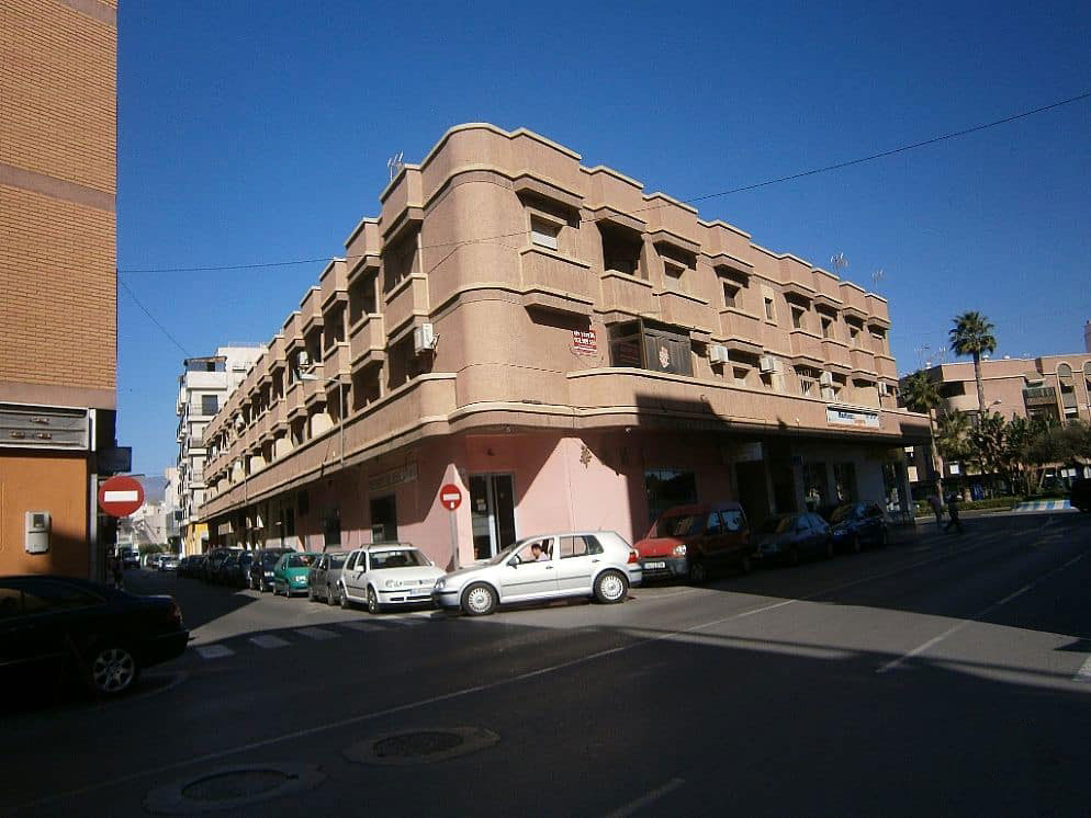 Piso en venta en Los Depósitos, Roquetas de Mar, Almería, Avenida Gustavo Villapalos, 51.854 €, 3 habitaciones, 2 baños, 94 m2