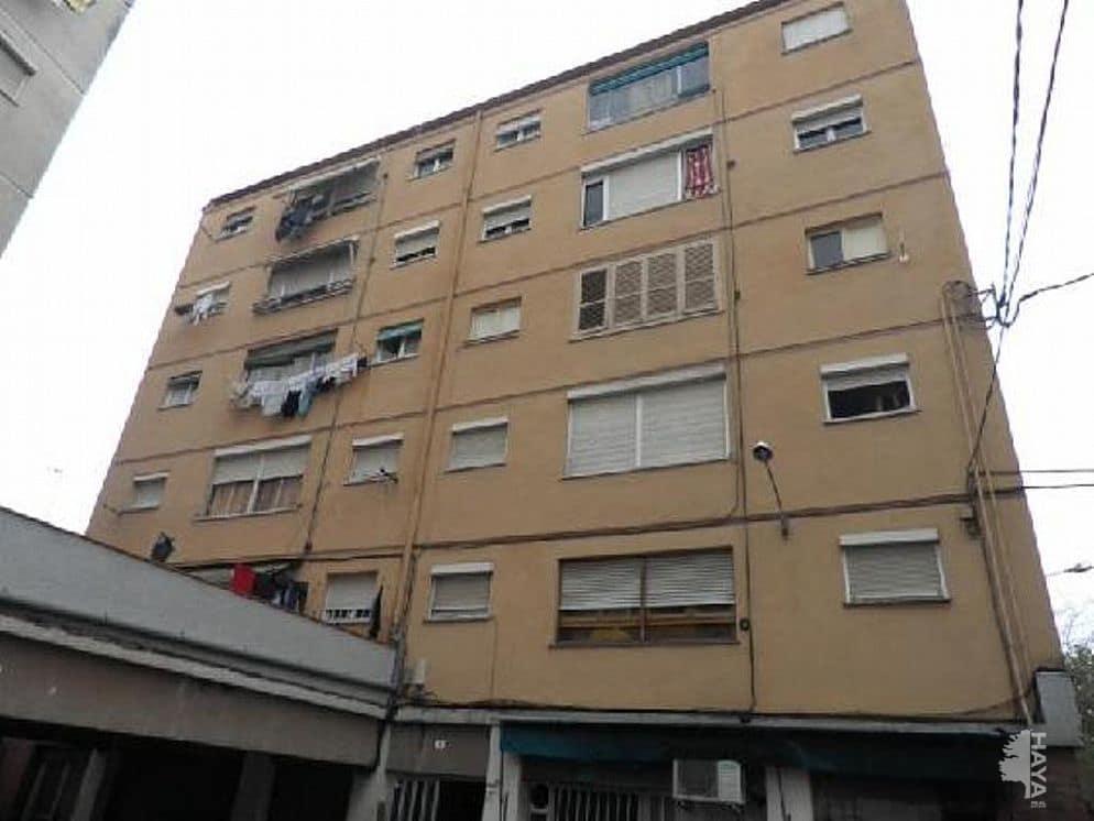 Piso en venta en Salt, Girona, Plaza Gaudi, 46.900 €, 3 habitaciones, 2 baños, 50 m2