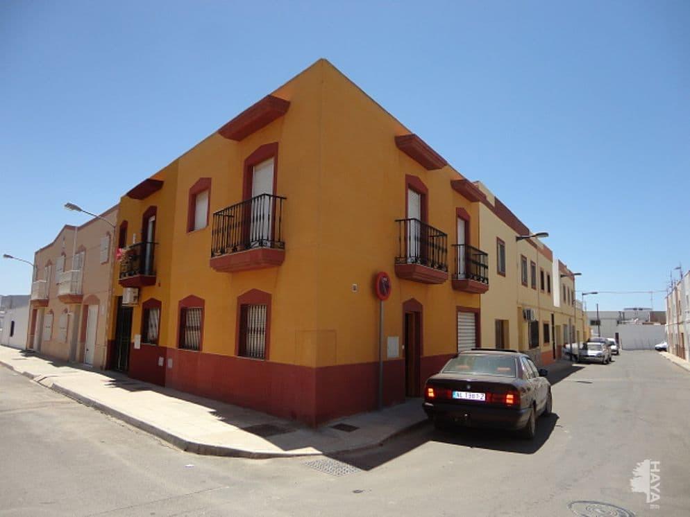 Casa en venta en Campohermoso, Níjar, Almería, Calle Asturias, 85.419 €, 3 habitaciones, 1 baño, 111 m2