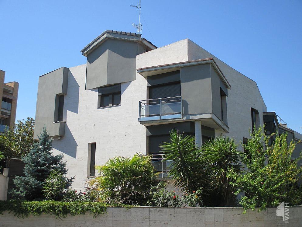 Casa en venta en Canovelles, Barcelona, Calle Barcelona, 338.830 €, 5 habitaciones, 2 baños, 298 m2
