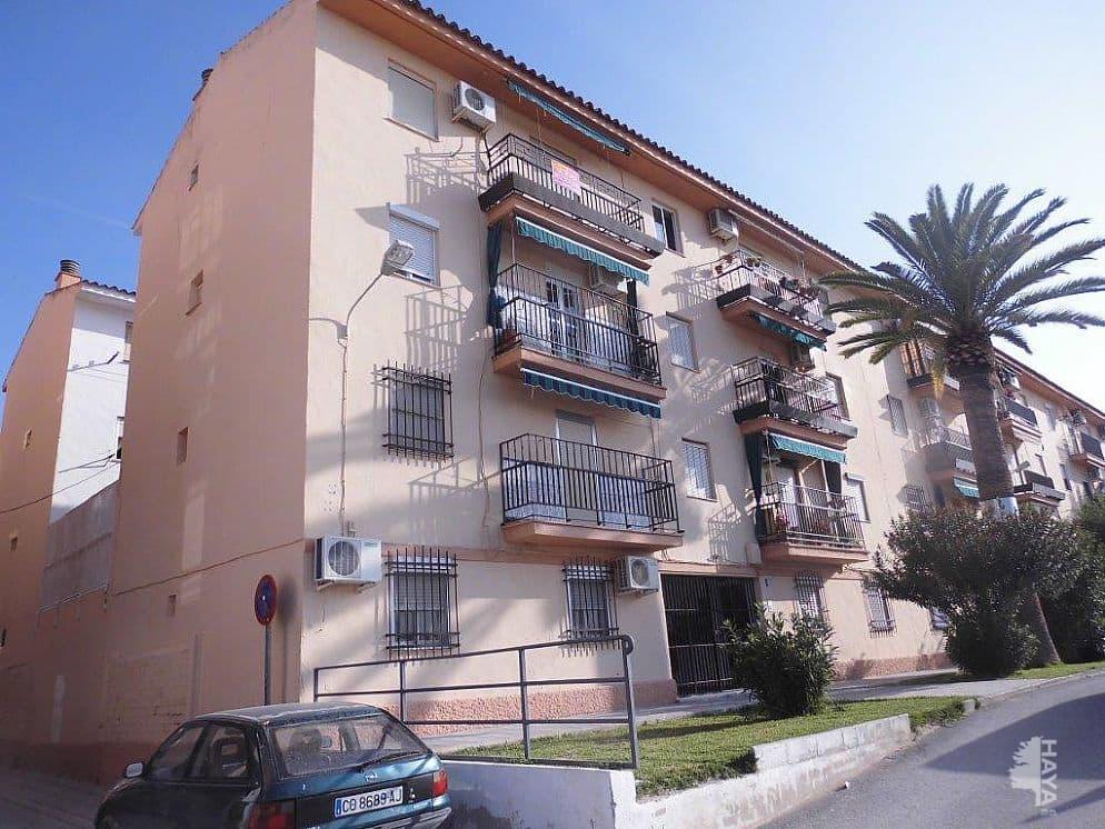 Piso en venta en El Palomar, Puente Genil, Córdoba, Calle Adelfas, 29.000 €, 3 habitaciones, 1 baño, 68 m2