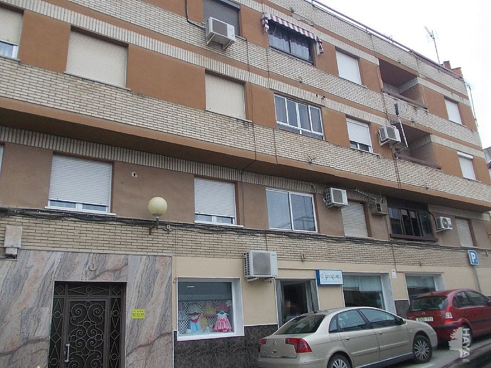 Piso en venta en Bailén, Jaén, Calle Juan Salcedo Guillen, 73.800 €, 3 habitaciones, 1 baño, 141 m2