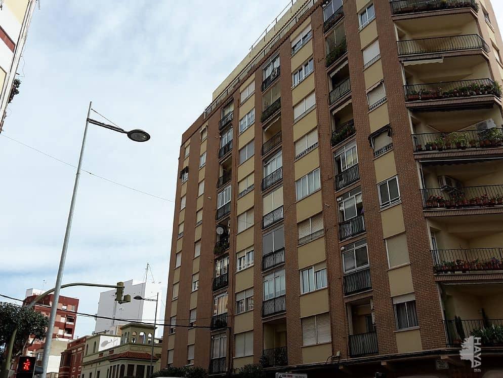 Piso en venta en Urbanización Penyeta Roja, Castellón de la Plana/castelló de la Plana, Castellón, Calle Ronda Magdalena, 84.000 €, 4 habitaciones, 1 baño, 111 m2