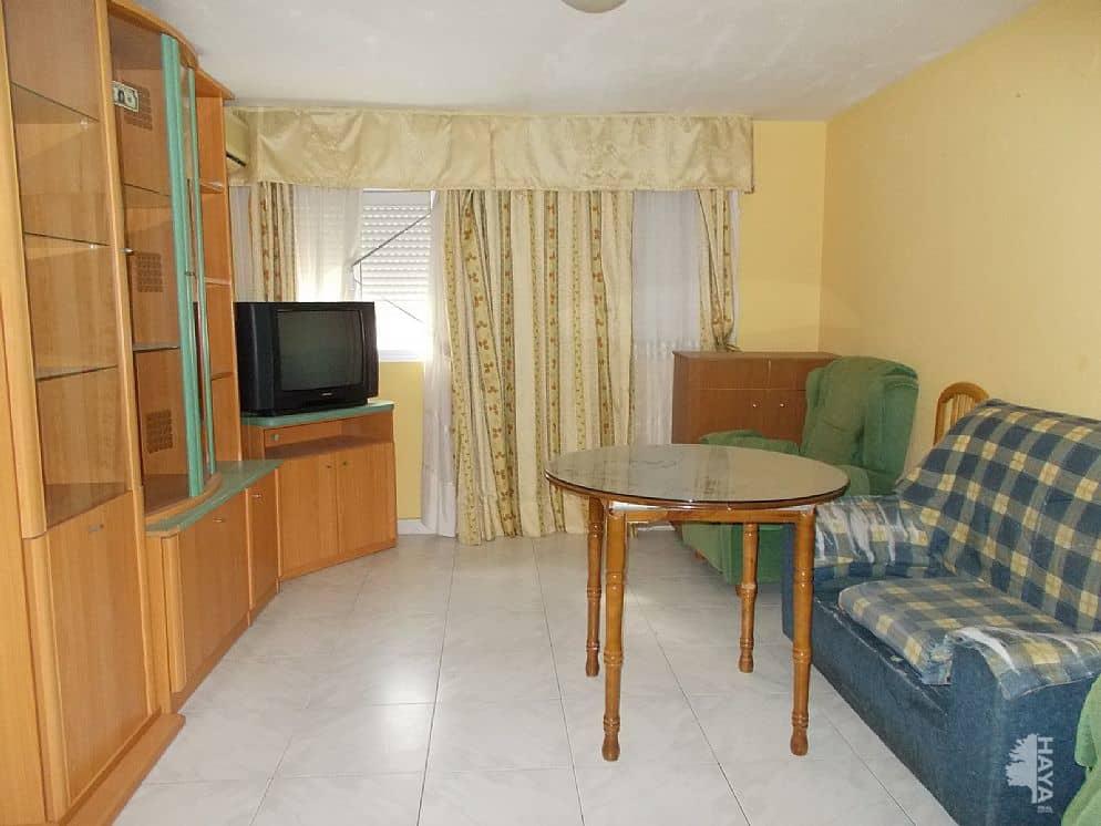 Piso en venta en San Felipe, Jaén, Jaén, Calle San Felipe Neri, 38.000 €, 1 habitación, 1 baño, 59 m2