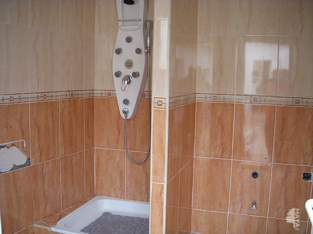 Piso en venta en Almonacid de Toledo, Almonacid de Toledo, Toledo, Calle Jurado, 66.300 €, 1 baño, 127 m2
