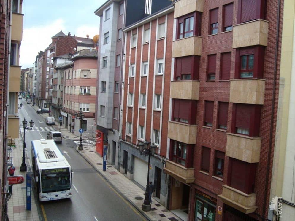 Piso en venta en El Cristo Y Buenavista, Oviedo, Asturias, Calle la Argañosa, 48.000 €, 3 habitaciones, 1 baño, 73 m2