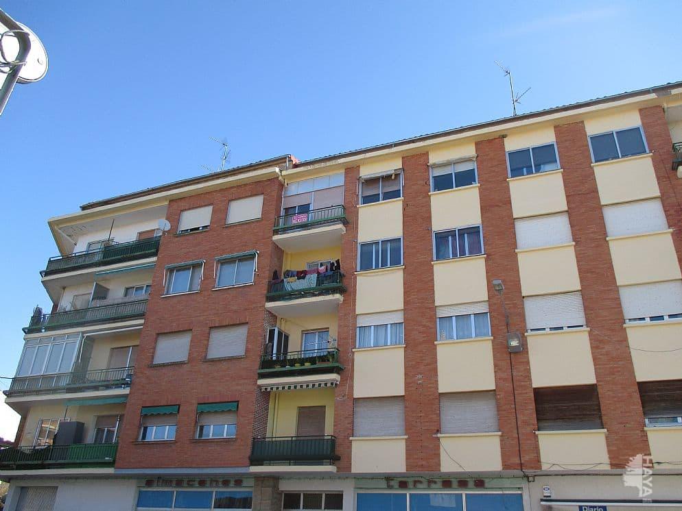 Piso en venta en Oyón/oion, Oyón-oion, Álava, Calle la Losas, 48.000 €, 3 habitaciones, 1 baño, 81 m2