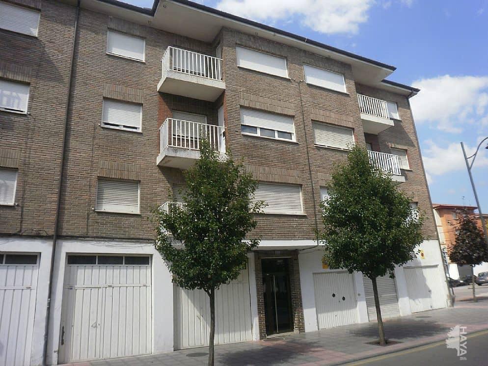 Piso en venta en Los Bloques, Siero, Asturias, Avenida Luis Braille, 54.000 €, 3 habitaciones, 1 baño, 96 m2