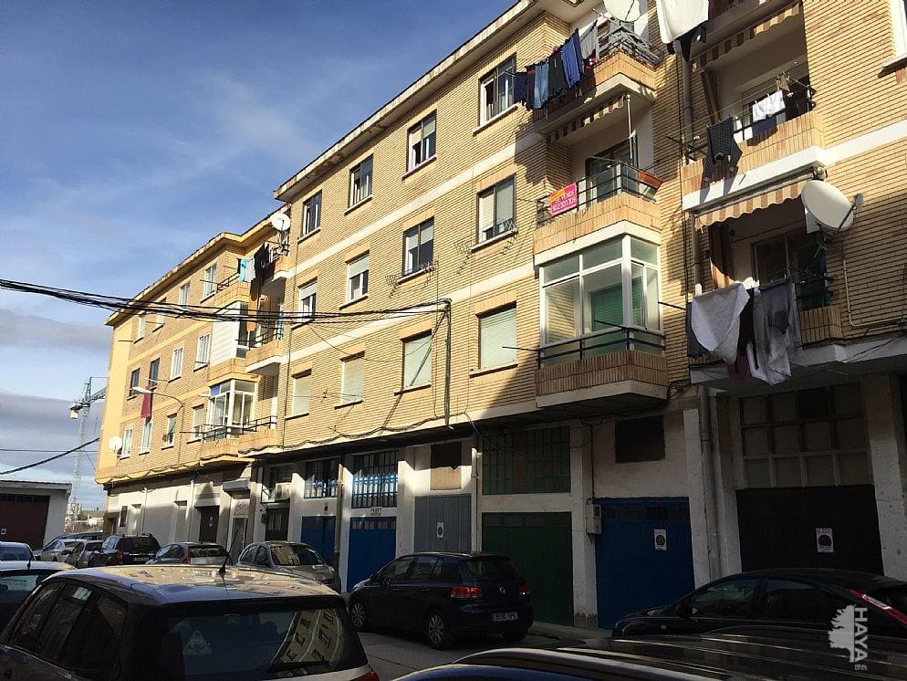 Piso en venta en Andosilla, Andosilla, Navarra, Calle Montejurra, 42.000 €, 3 habitaciones, 1 baño, 93 m2