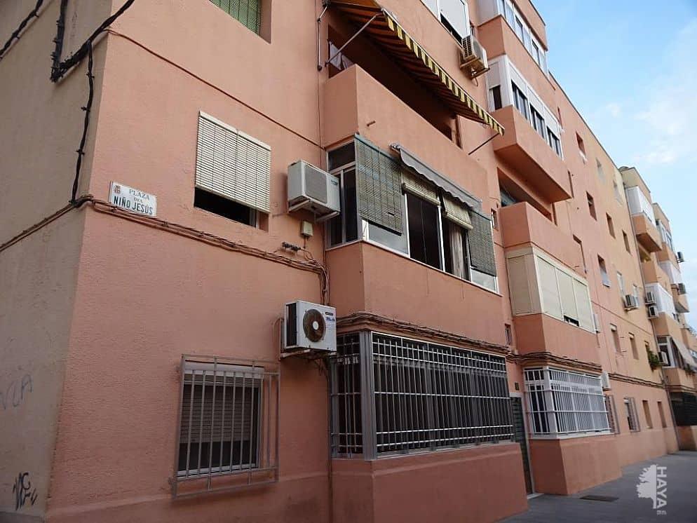 Piso en venta en 500 Viviendas, Almería, Almería, Plaza Niño Jesus, 61.500 €, 1 baño, 112 m2