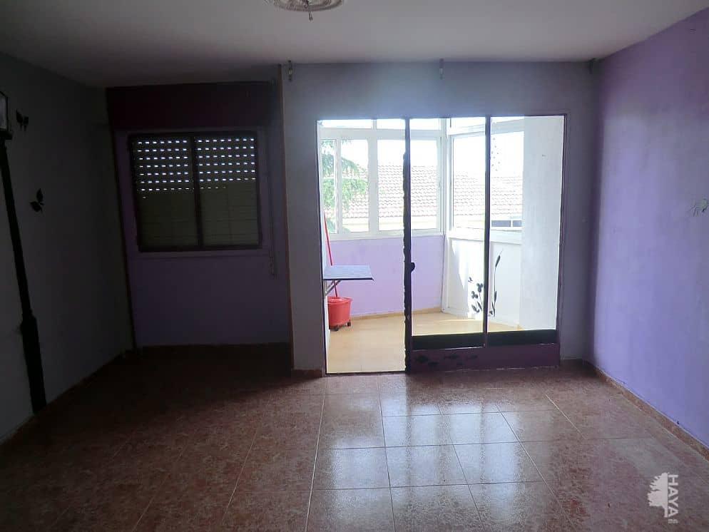 Piso en venta en Distrito 6, Mérida, Badajoz, Calle Viriato, 28.000 €, 2 habitaciones, 1 baño, 68 m2