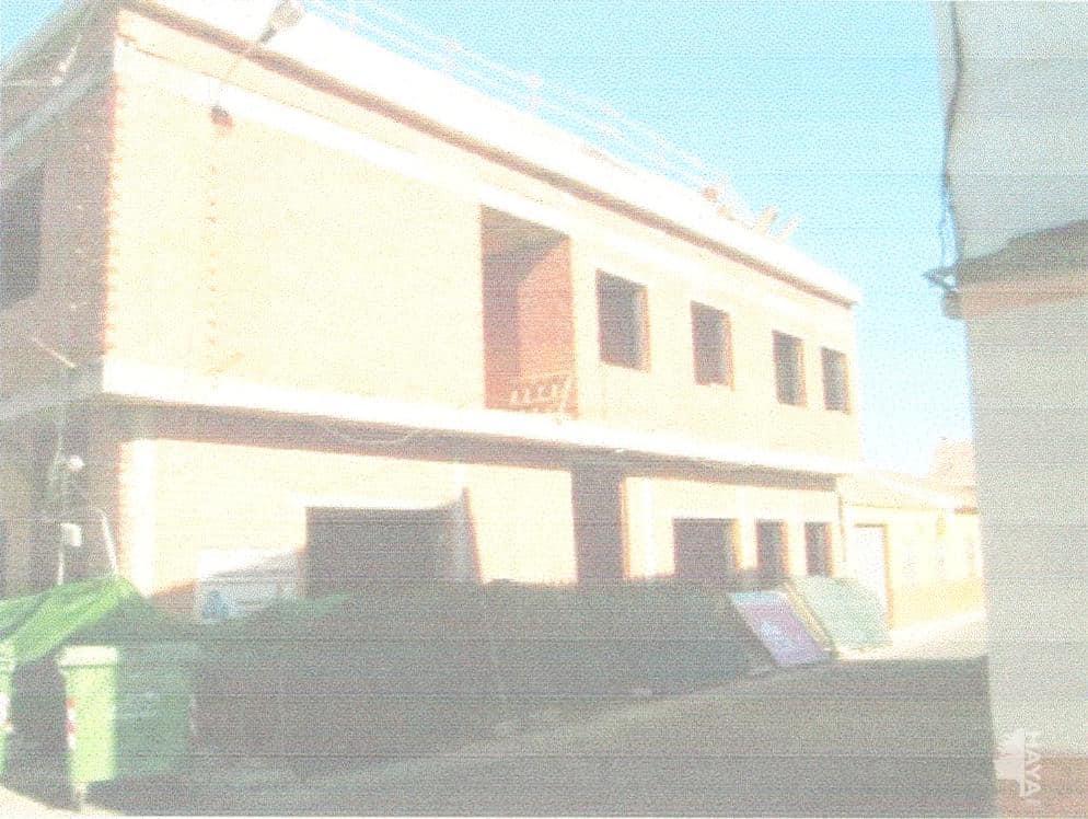 Piso en venta en El Robledo, El Robledo, Ciudad Real, Calle Hernan Perez del Pulgar, 11.900 €, 2 habitaciones, 1 baño, 86 m2