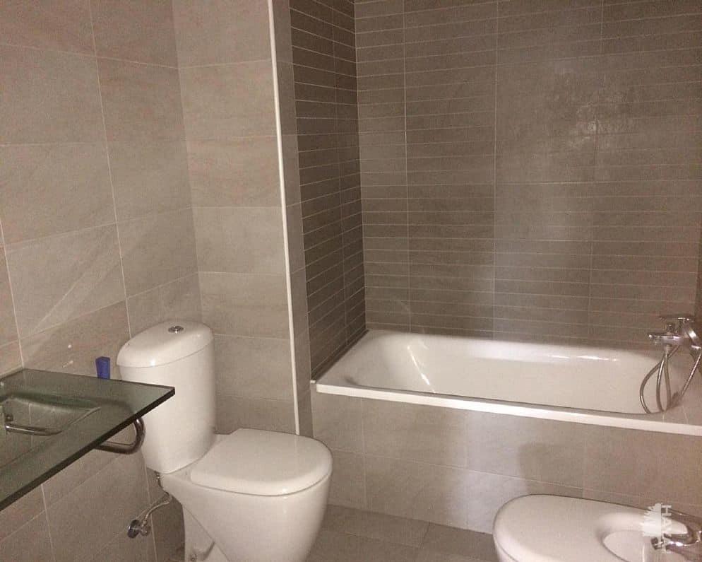 Piso en venta en Terrassa, Barcelona, Calle Arenys de Mar, 344.589 €, 3 habitaciones, 4 baños, 87 m2