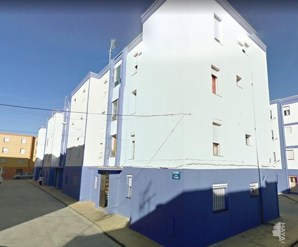Piso en venta en La Línea de la Concepción, Cádiz, Calle Vejer, 37.578 €, 3 habitaciones, 1 baño, 63 m2