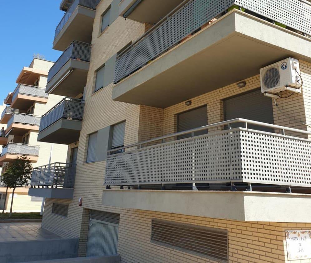 Piso en venta en Castellón de la Plana/castelló de la Plana, Castellón, Calle Denia, 126.900 €, 3 habitaciones, 2 baños, 104 m2
